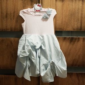 Adorable dress 💖💖💖